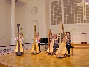 4 Harps